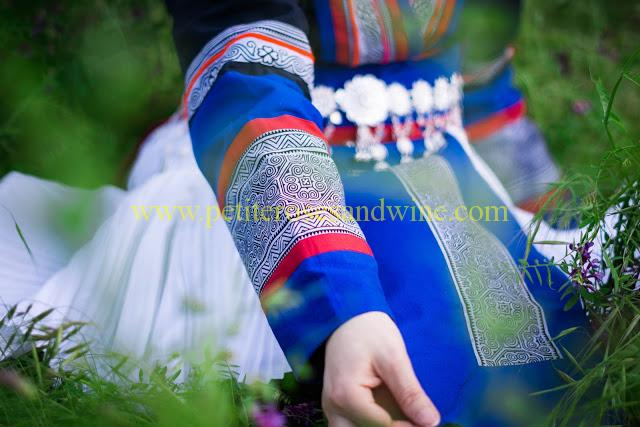 km-03271 Hmong Outfit:: Batik & Silver DIY OUTFITS