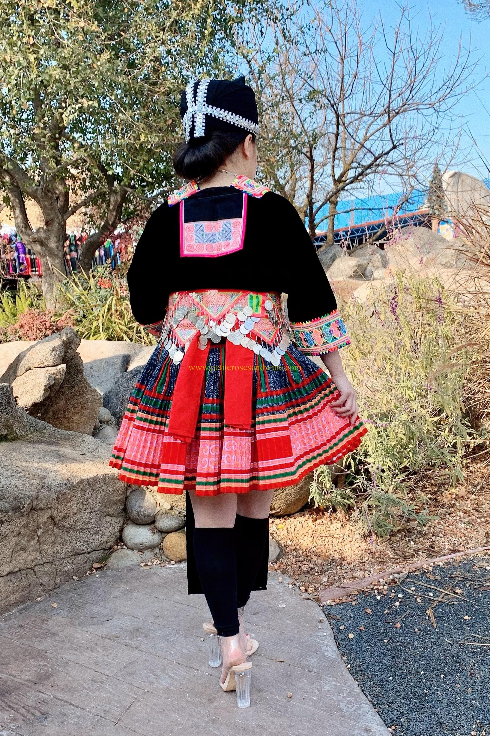 Hmong Vintage Outfit