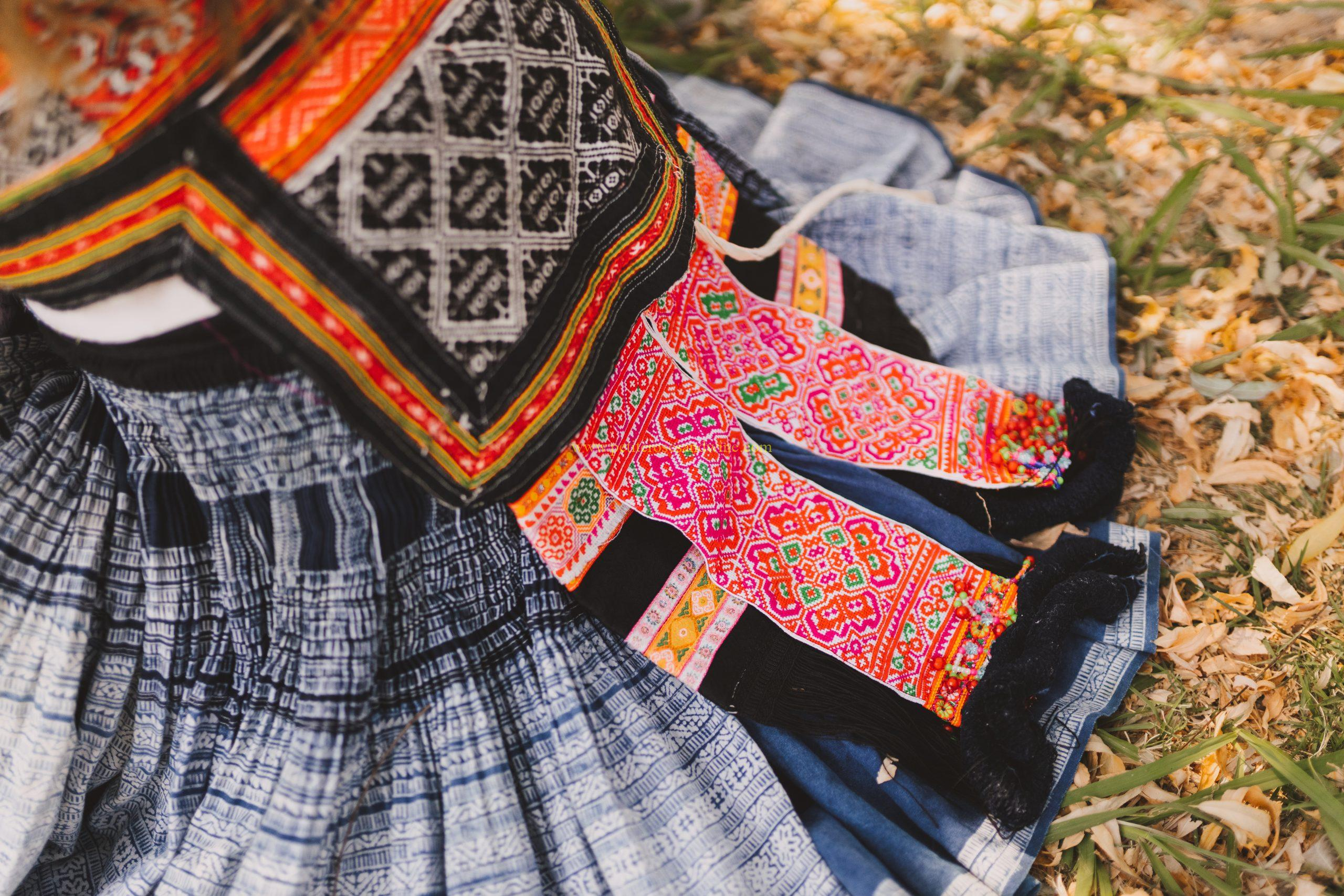 8E0A9102-scaled Hmong Outfit :: Hmoob Ntxaug & Orange Hmong Outfit Series OUTFITS